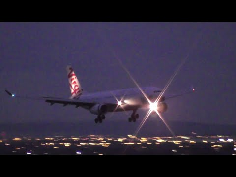 Virgin Australia A330 Night Landing at Melbourne Airport