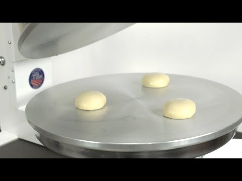 press-fresh-flour-tortillas-with-dough-press---flex-x2t