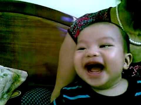 Baby cuoi sang khoai - Bjndepzaj.avi