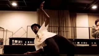 蘭寿とむ、そして素晴らしいダンサー&シンガーが集う稽古場映像です! ...