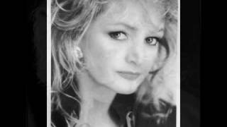 Watch Bonnie Tyler Back Home video