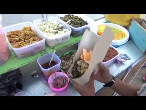Indonesia Brebes Street Food : Busyett @Rp.5000,- Dapet Nasi Kuning Komplit,Enak Lagi//097//Seri I