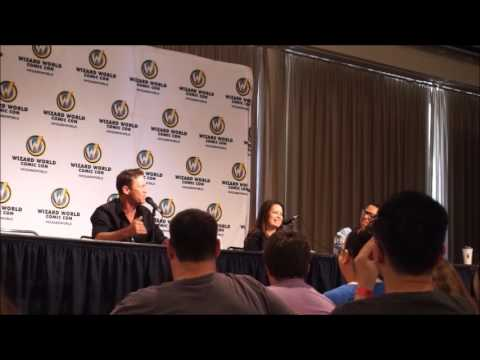 Holly Marie Combs & Brian Krause @ Sacramento Wizard World Comic Con 2017 talking Charmed Part One