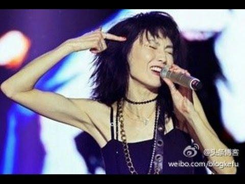 張曼玉Maggie Cheung迴應:我這次唱歌依然還會走音 請給我20次機會 我是49歲7個月零3天才不是50歲!