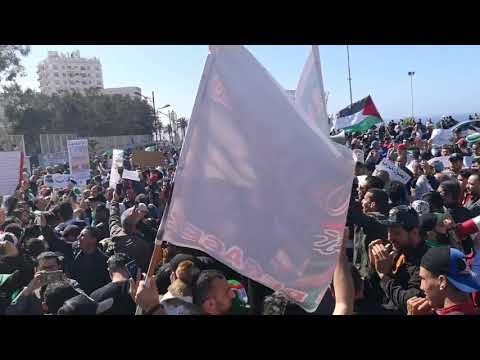 Oran Manifestation Le 26-04-2019 مسيرة سلمية في وهران الجمعة العاشرة تحيا الجزائر