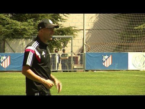 Football: Zidane fait ses débuts comme entraîneur au Real