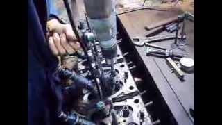 Т-40 Ремонт головки ЧАСТЬ 1 : дефектовка  и замена направляющих втулок клапанного механизма дв т 40
