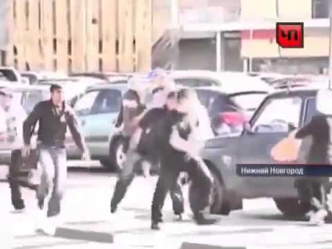 Драка один русский против 4 кавказцев