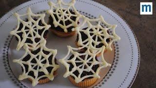 Creepy Spiderweb Cake Decorations | Halloween Party Food