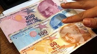 HARTER WERTVERLUST: Türken tauschen ihre Lira in Devisen