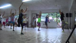 ZUMBA FITNESS CALENTAMIENTO 2 .MP4
