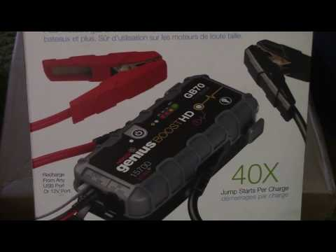 unboxing-a-noco-gb70-lithium-ion-booster-pack