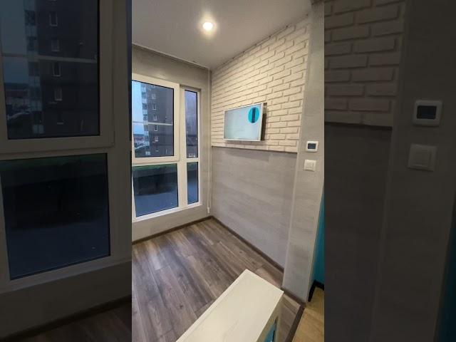 Смотреть видео Комната отдыха на балконе
