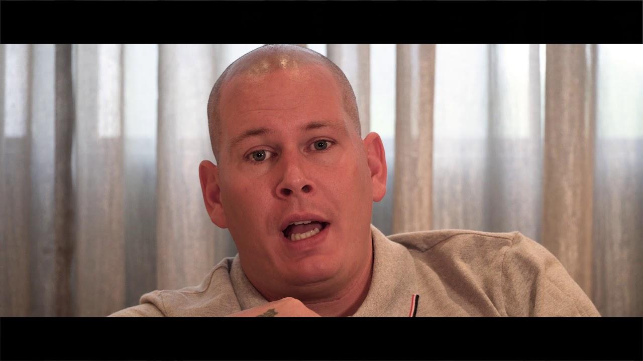 Welp Robert Pater - Eenzaam En Alleen (Officiële Videoclip) - YouTube UX-93