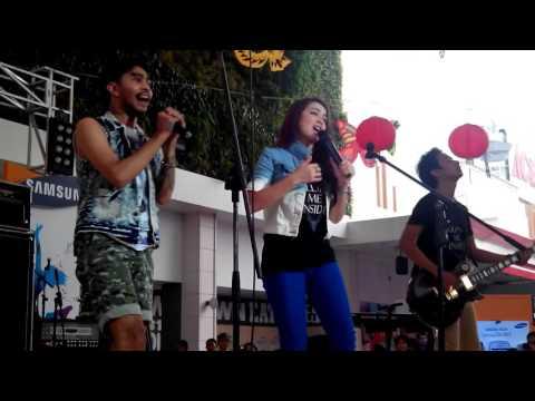 Killing Me Inside - Jangan Pergi Live feat Tiffany Orie New Aransemen
