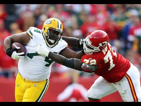 NEWS REPORT, Raiders finally make a move, signing OT Marshall Newhouse to 2 year deal