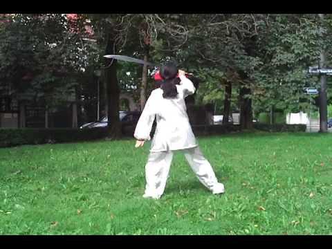 Tai Chi Breitschwert 太极刀 von Xiaoling Röbbig-Reyes/Guo