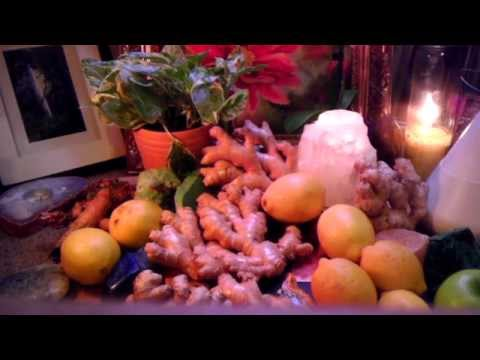 Anti-Inflammatory Benefits of Ginger! Anti-Aging & Destroy Tumor Cells by juicing Ginger!!