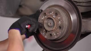 Kako zamenjati zadnji zavorni diski in zadnje zavorne ploščice na BMW 3 E36 [VODIČ]