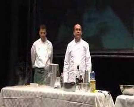 Cucina Molecolare il gelato con lazoto liquido  YouTube