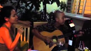 Dệt tầm gai (Performed by Mai Khôi, guitarist Trường Sa)