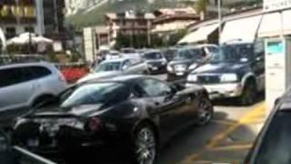 Scandalo Cortina: dichiarano 30.000 euro e guidano auto di lusso