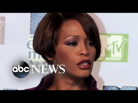 """Inside the new documentary series """"Superstar"""" and the life of Whitney Houston"""