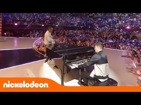 "Download Wiz Khalifa e Charlie Puth ""See You Again"" 360º | Kids' Choice Awards 2016 Mp4 baru"