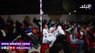 محافظ مطروح يوزع ملابس وأدوات مدرسية على 600 يتيم «فيديو»