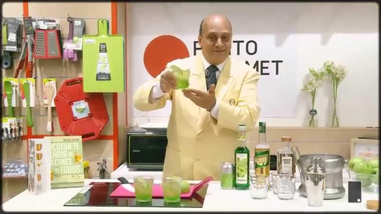 Veja receita exclusiva de drink com vodka e maçã verde