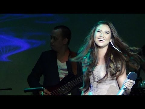 MORISSETTE AMON - Best Of My Love/Emotions (This Is Me Concert!)