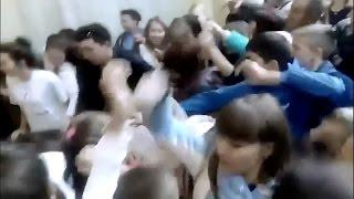 Россияне подрались за халявное мороженое. ТЦ Фабри / г. Стерлитамак