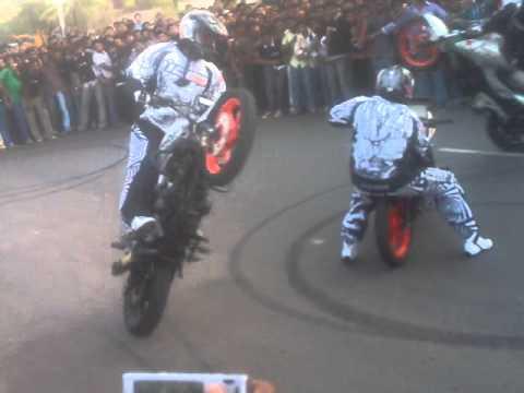 Ghost Riders Bike Stunt Kollam Wheelz Part2 Mp4 Youtube