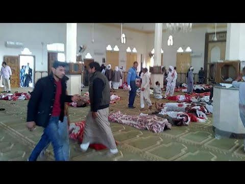 ارتفاع حصيلة الهجوم على مسجد بسيناء إلى 235 قتيلا على الأقل ومصر تعلن الحداد