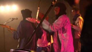 Kel Assouf: Tinariwen (Live)