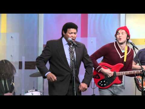 """Cheers Elephant and Chubby Checker do """"The Twist"""""""