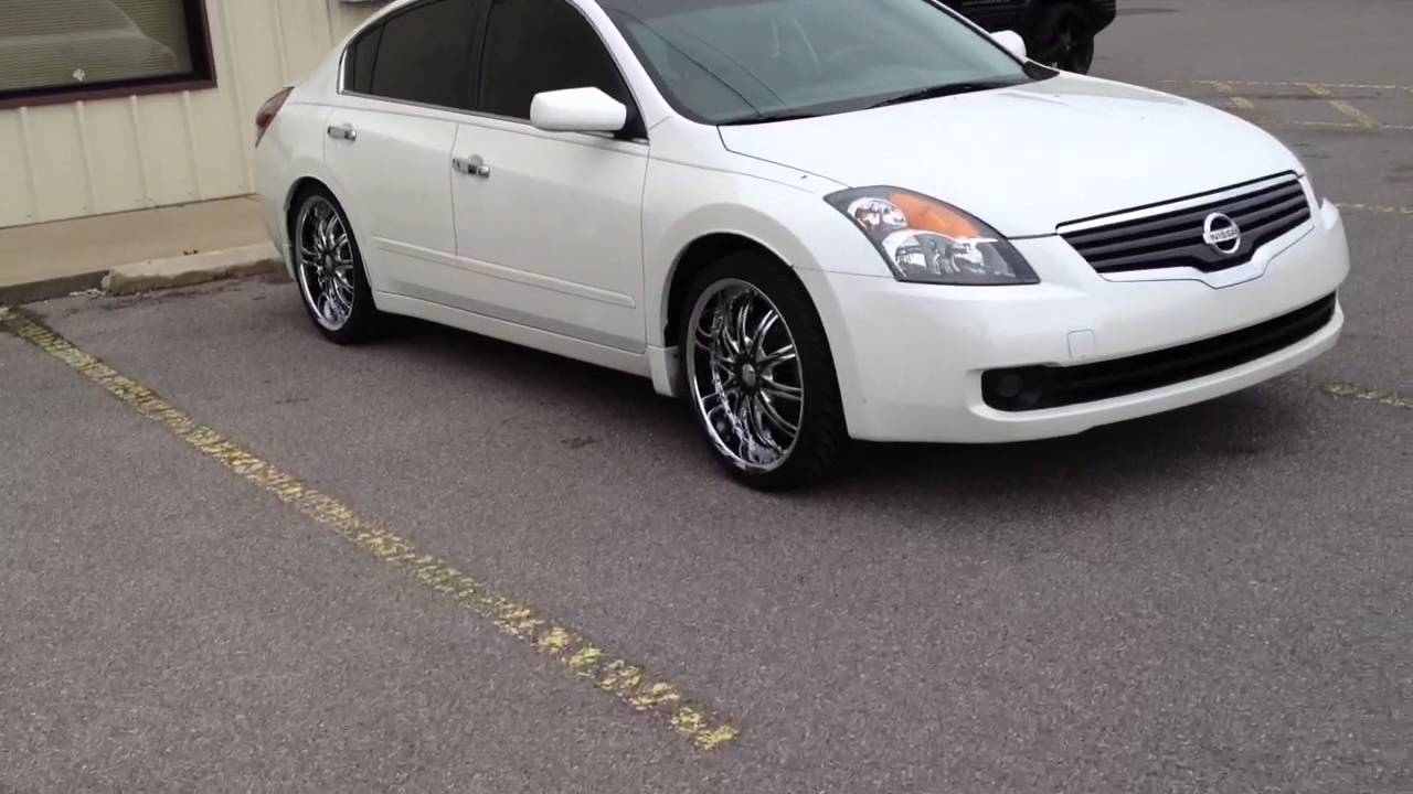 2009 nissan altima vct 20 inch wheels creative wholesale. Black Bedroom Furniture Sets. Home Design Ideas