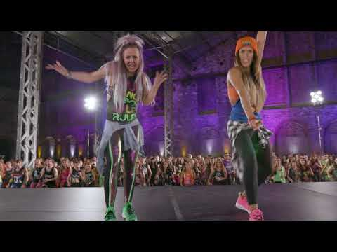 New Choreography To Steve Aoki and Daddy Yankee † s † Azukita †