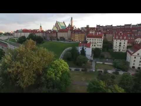Warsaw Old Town. Stare Miasto w Warszawie, drones video, 1080p