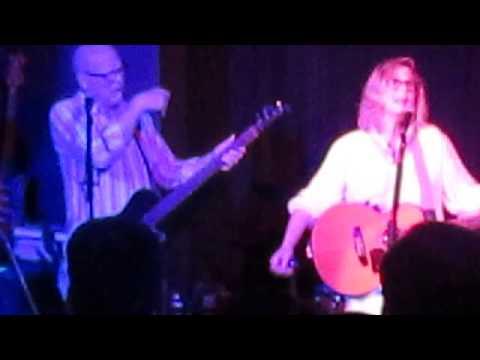 Marti Jones & Don Dixon - Follow you all over the world