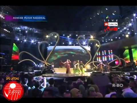 """Putri Ayu   Sruti """"Kharisma Indonesia""""   Konser Spesial Hari Musik Nasional Trans TV 27 April 2015"""