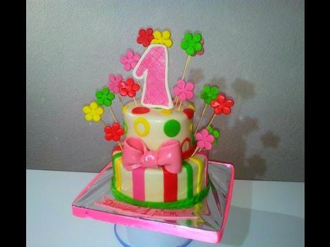 Как собрать и украсить двухъярусный торт Торт на 1 годик How to build and decorate a tiered cake