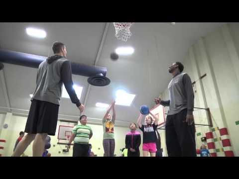 Men's Basketball - Kipps Elementary School Visit