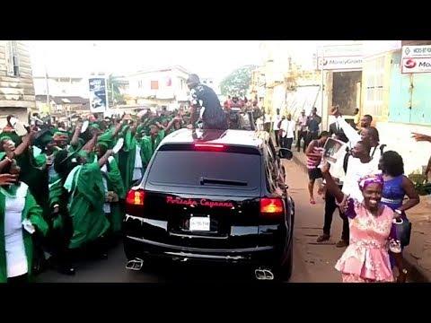 Davido welcomed like a King in Sierra Leone