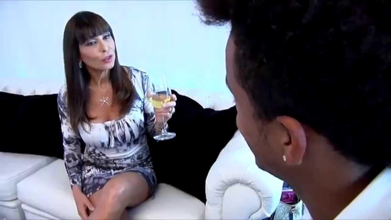 Politica&Società - The Lady, Lory del Santo - YouTube