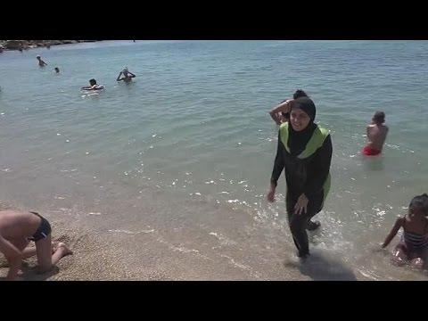 Cannes : polémique sur l'interdiction du burkini