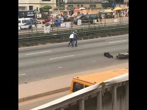Daylight robbery at Lapaz on the Highway in Accra