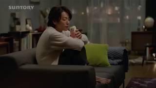 人気女優「沢尻エリカ」と「佐藤健」の大人の時間の映像です。「サント...