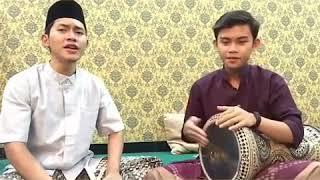 Download lagu Sholawat lakum busro darbuka vesion MP3