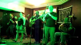 Sleepytoon Live (Central Hotel, Letterkenny 2013-04-01)